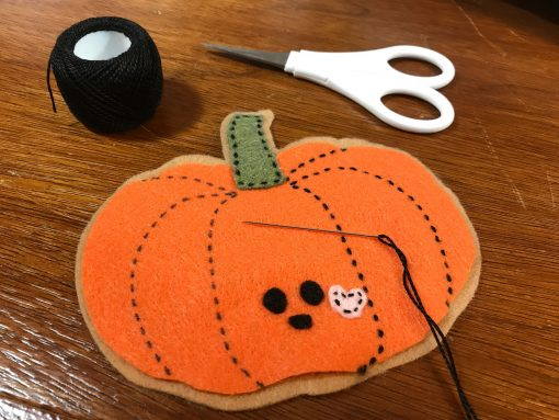 Stitch your felt pumpkin