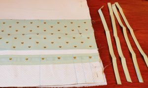 Cut out four ties for your Maker Mat