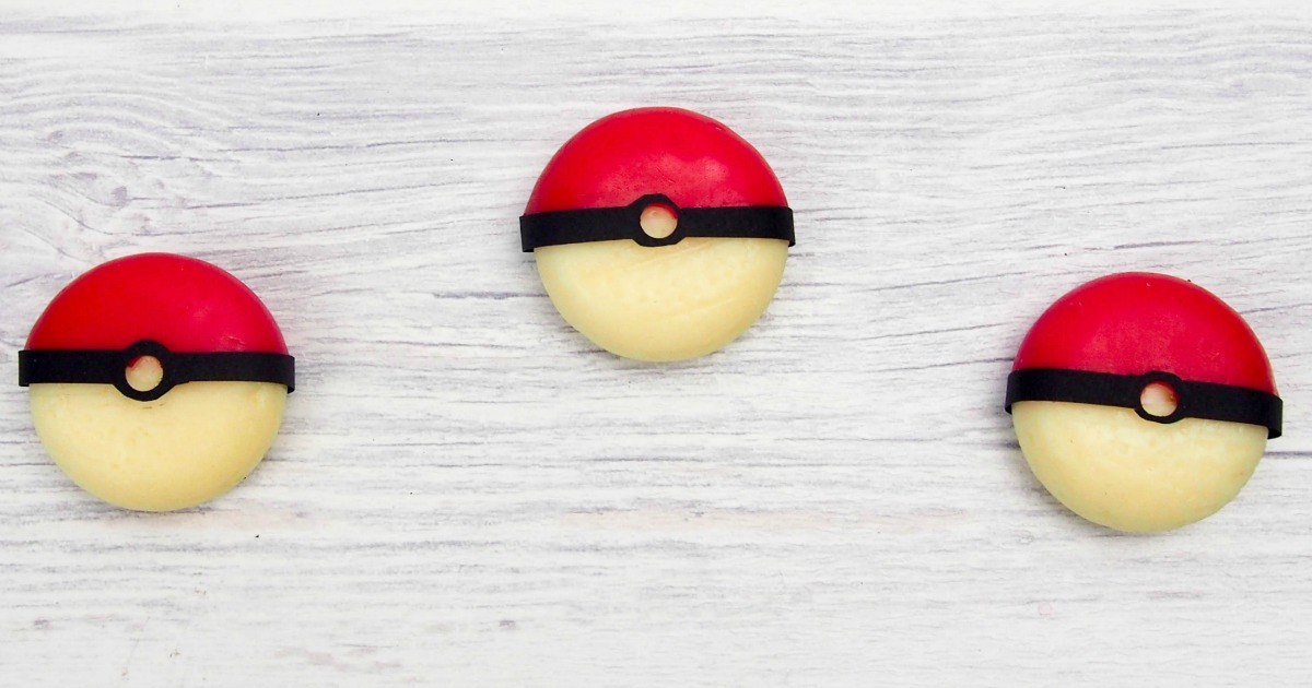 DIY Pokeball: Hide Your Treasures Inside -- Great Birthday Invitation or Gift Box! | JenuineMom.com
