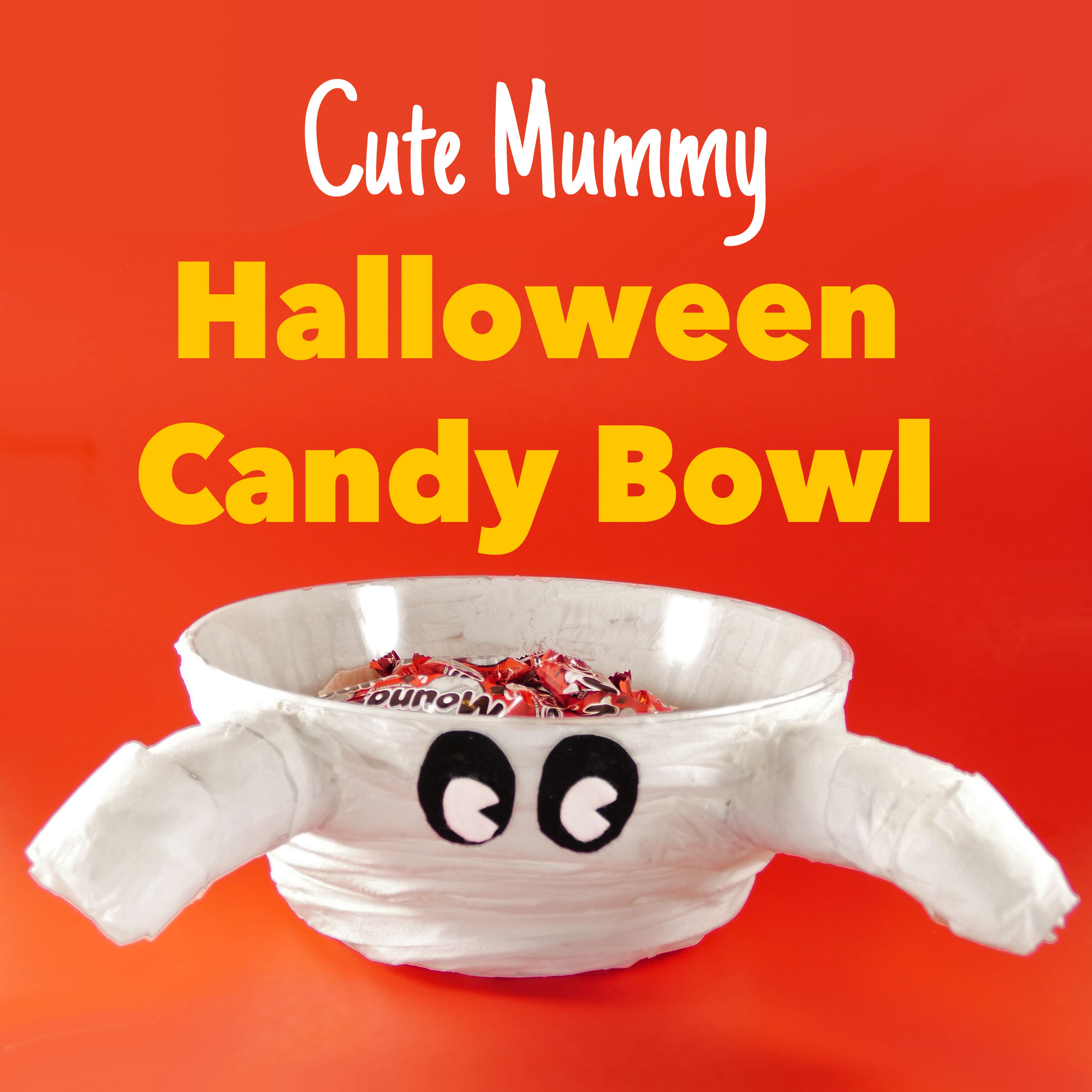 Make a Cute Mummy Halloween Candy Bowl at the Last Minute | JenuineMom.com