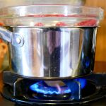 DIY Double Boiler made with items from home | JenuineMom.com