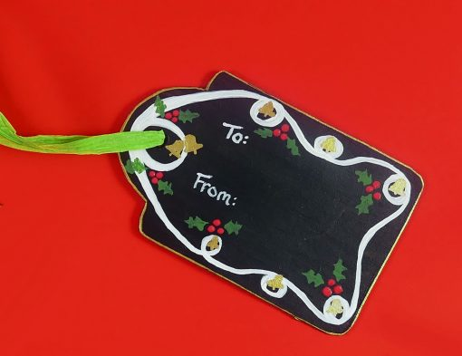 DIY Chalkboard Gift Tags -- Reuse Them Every Year! | JenuineMom.com
