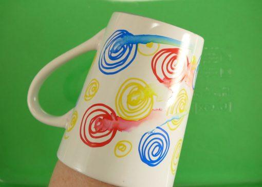 DIY Sharpie Mugs Tutorial | JenuineMom.com