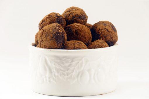 Cocoa-Peanut Butter Protein Balls | JenuineMom.com