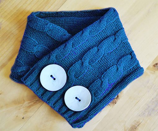 DIY Sweater Cowl Scarves | JenuineMom.com