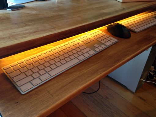 DIY Computer Desk From An Old, Broken Foyer Table | Upcycling | JenuineMom.com