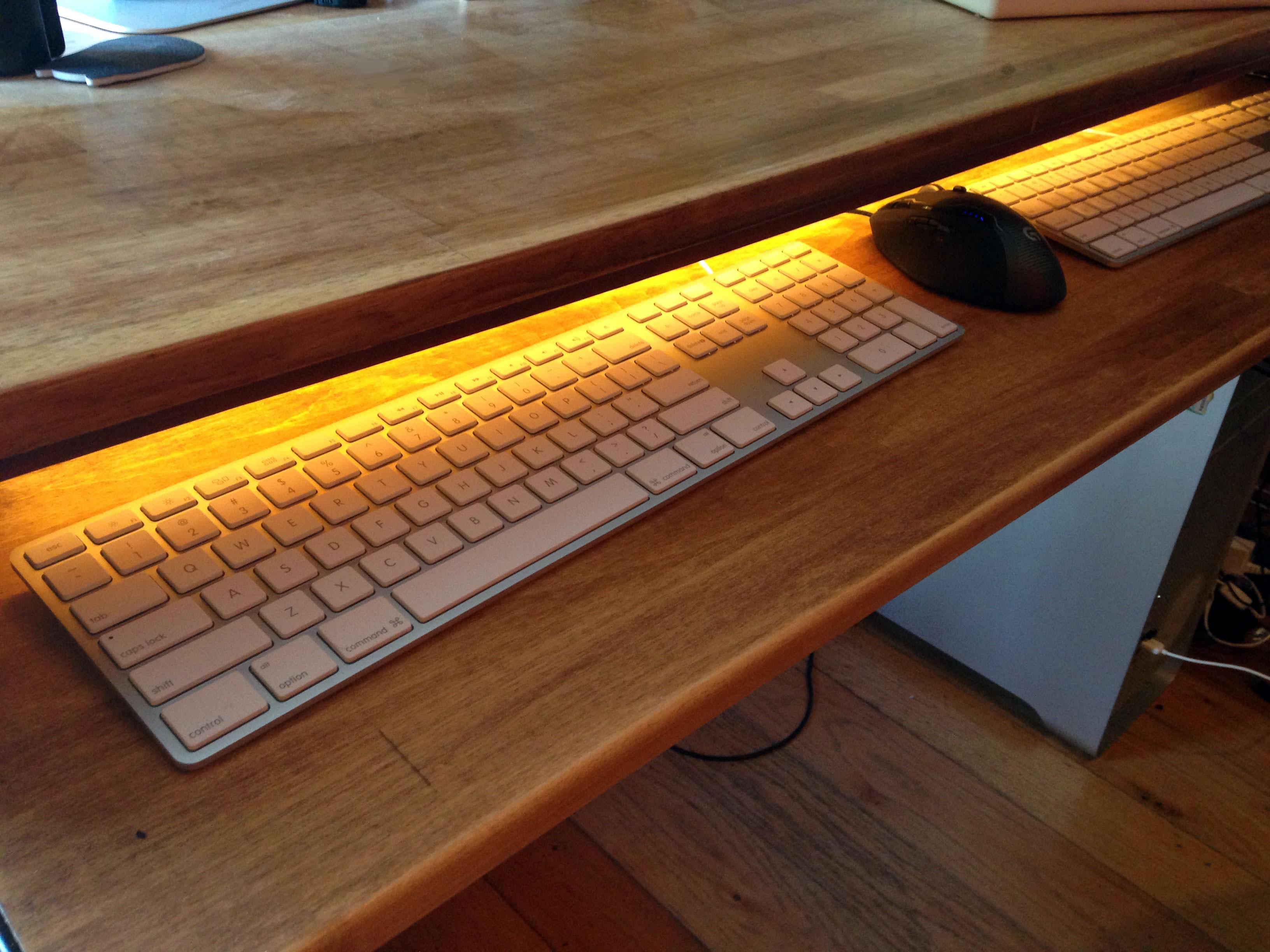 Diy Computer Desk Upcycled From A Broken Table Jennifer