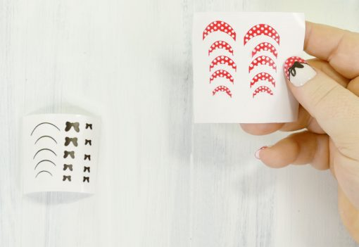 DIY Minnie Mouse Vinyl Nail Appliques | Made on the Cricut | JenniferMaker.com
