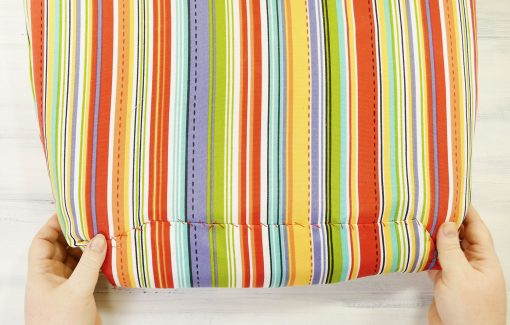How to Recover Your Old Outdoor Cushions Easily & Quickly | JenniferMaker.com