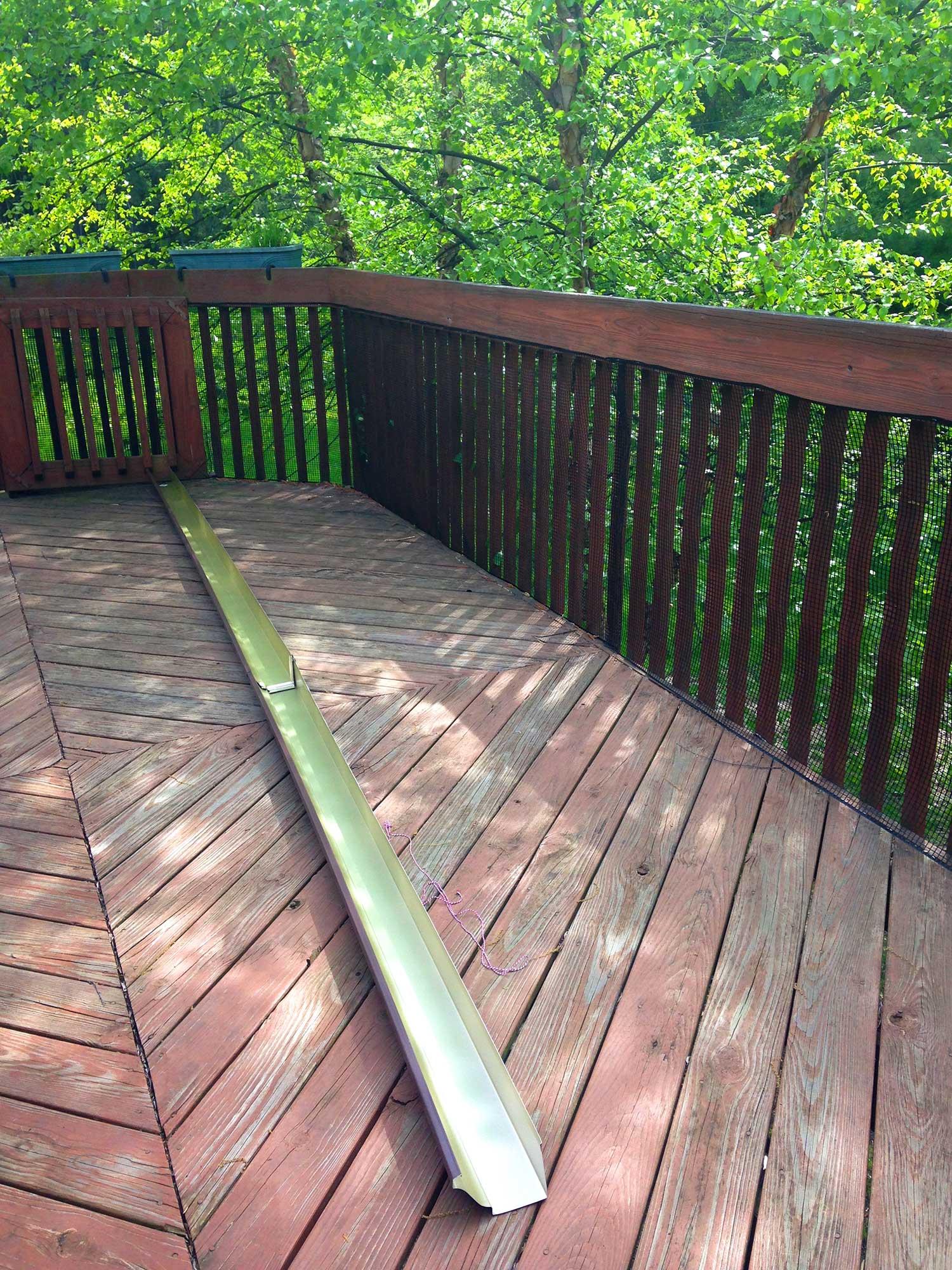 Gutter Garden Deck2 Jennifer Maker