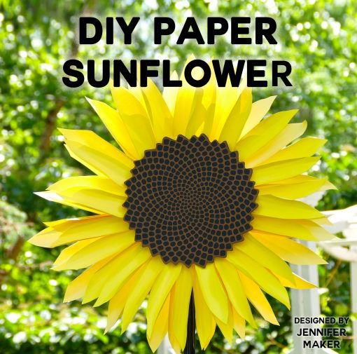 Mesmerizing! Make this DIY paper sunflower with the fibonacci spiral! Free pattern files.