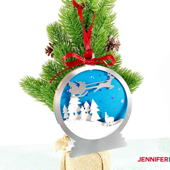 3D-LAYERED-SANTA-SLEIGH-STARRY-NIGHT-ORNAMENT-JENNIFERMAKER-HANGING-ON-TREE