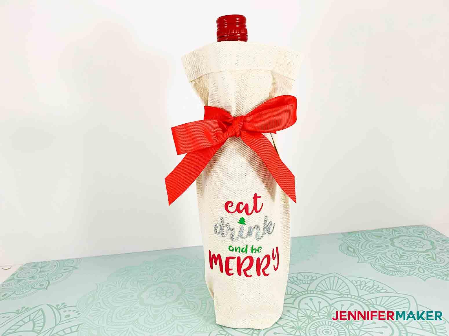Festive-Holiday-Wine-Totes-JenniferMaker-Finished-project