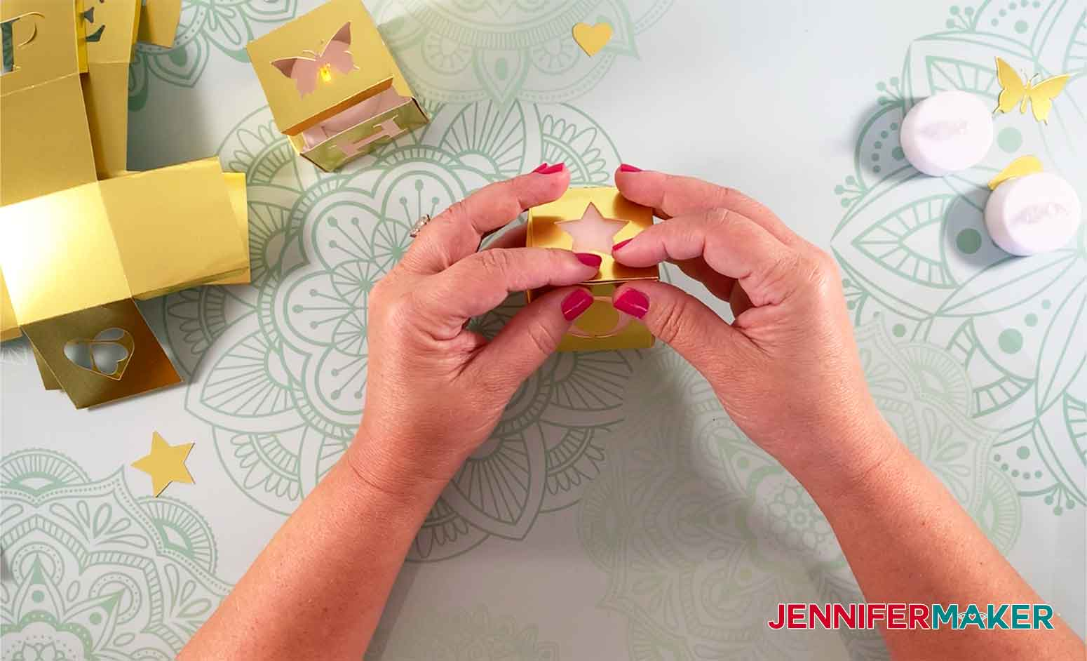 HOPE-Light-Up-Letter-Blocks-JenniferMaker-Closing-Block-Top