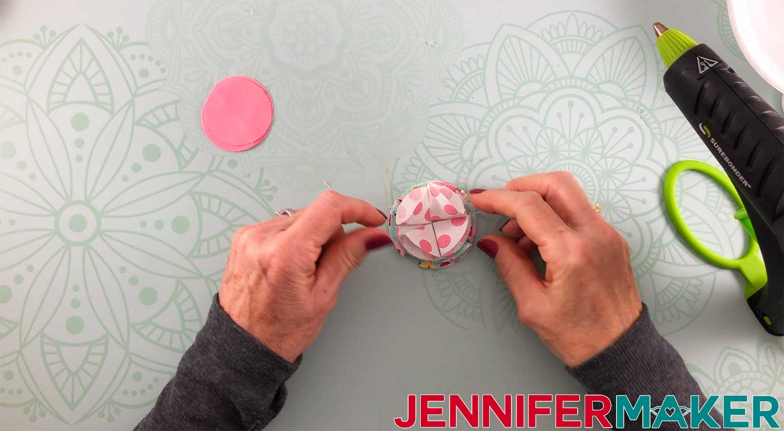 Hair-Bows-JenniferMaker-Fabric-bow-Layer-2-complete