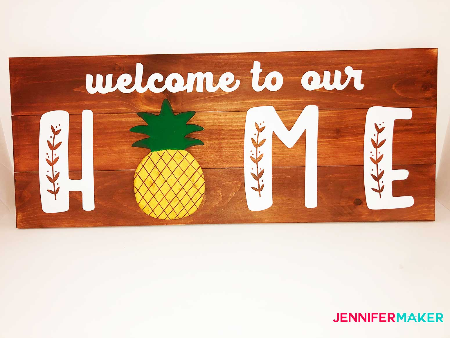 Wood-Home-Board-with-interchangeable-pieces-Jennifermaker-final