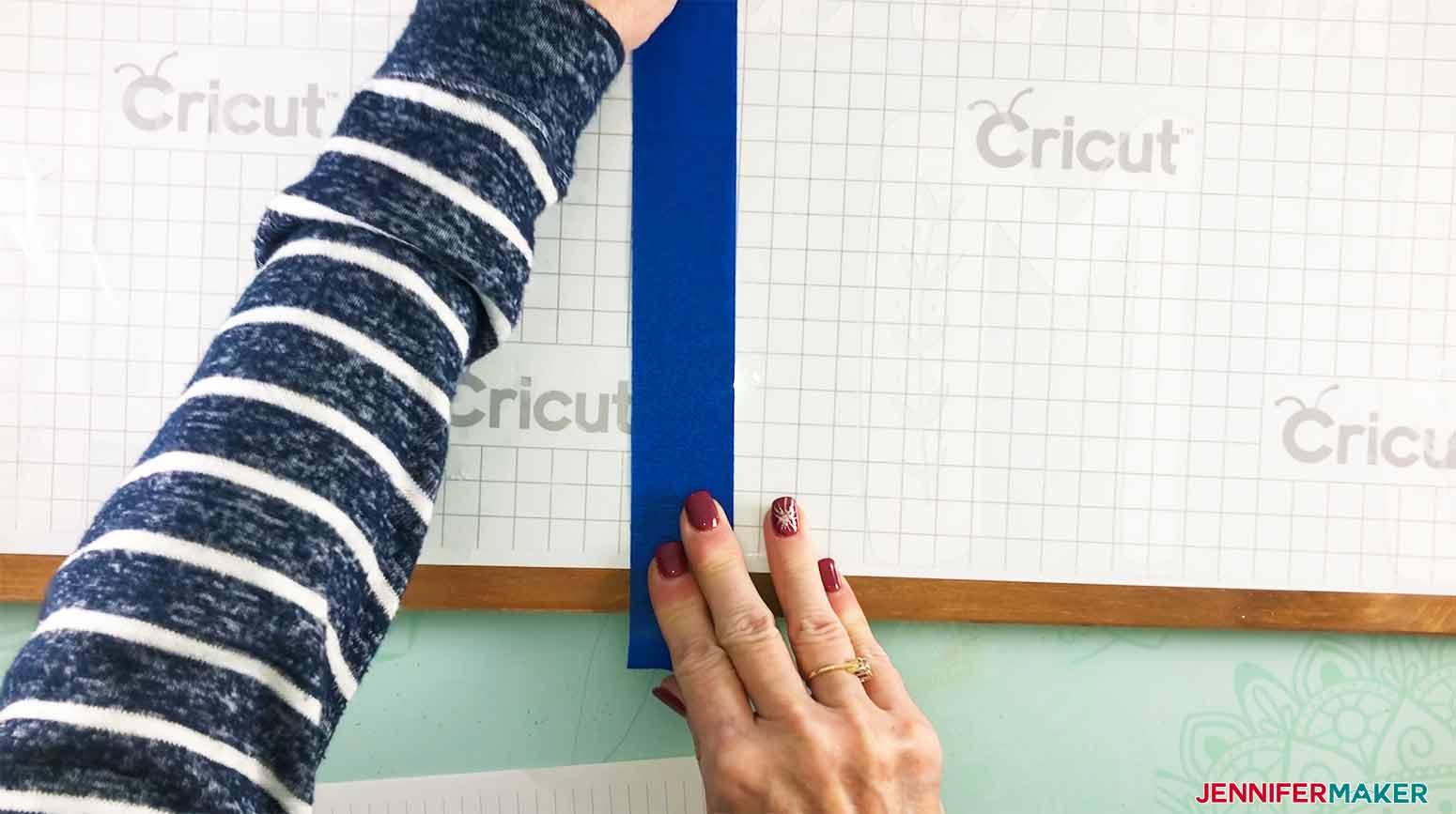 Home-Board-Jennifermaker-palacing-painter-tape-for-hinge-method-application