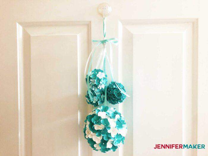 Hydrangea-Ball-Jennifermaker-finished-hanging