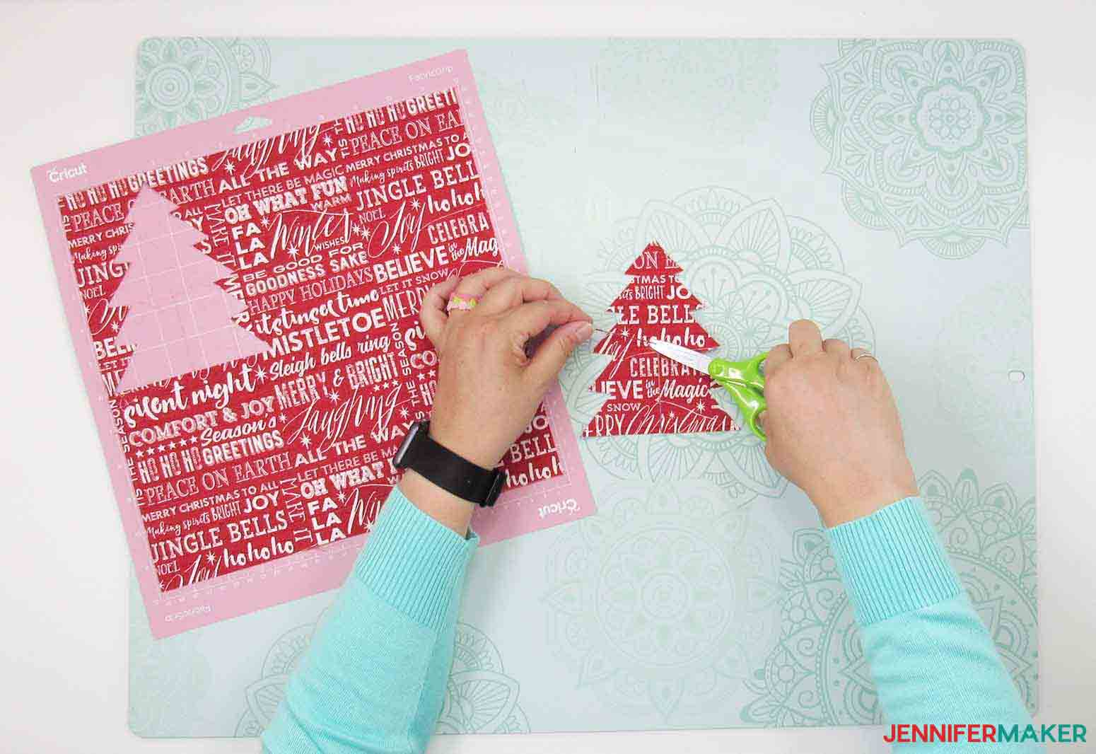 NO-SEW-CHRISTMAS-TREE-JENNIFERMAKER-TRIMING