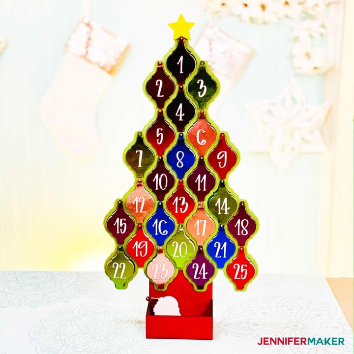 A Christmas Tree with arabesque tile ornaments hung upon it