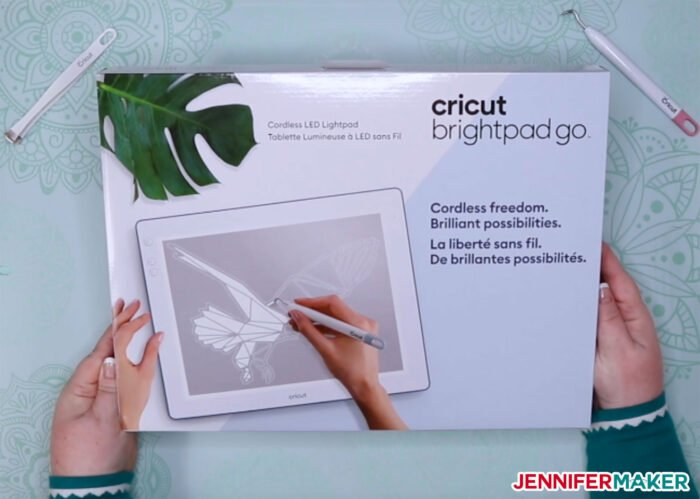 Cricut BrightPad Go in Indigo with Cordless Rechargeable Battery