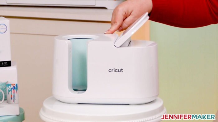Cricut Mug Press has one touch operations -- it sets the temperature and pressure for you!
