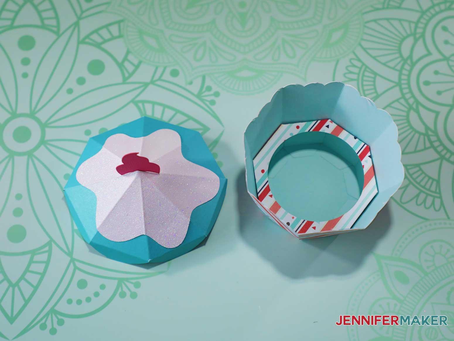 assembled cupcake box