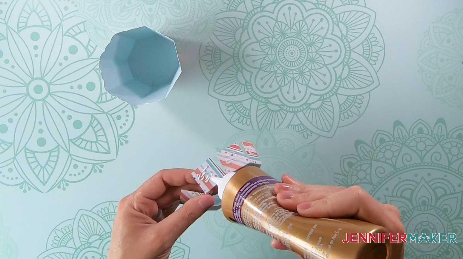 glue cupcake box insert