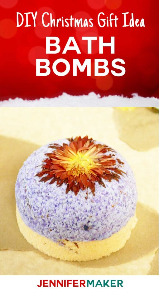 Easy bath bomb DIY, including a recipe without citric acid! Homemade bath bombs make great #Christmas gifts! Get our recipes for fun aromatherapy bombs with lavendar, even some donut shaped bath bombs!