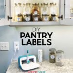 DIY Pantry Labels made on a Cricut Joy with Cricut Pens | #cricutjoy #pantry #organization