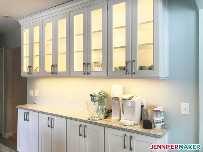 Jennifer's kitchen with glass-front cabinets that need DIY pantry labels