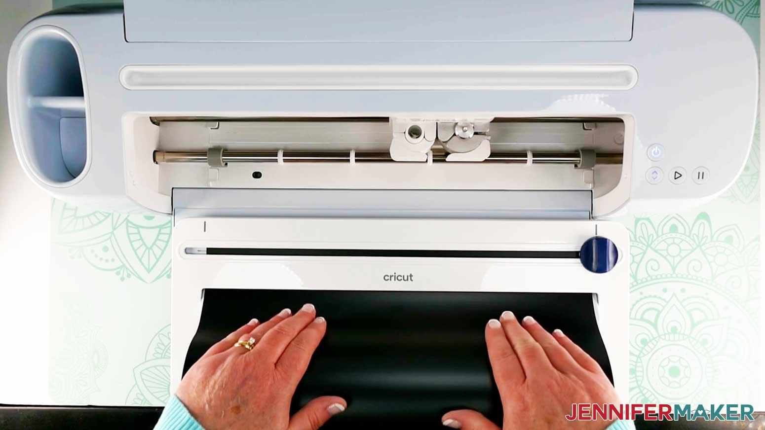 DIY Porch Signs insert smart vinyl in roll holder