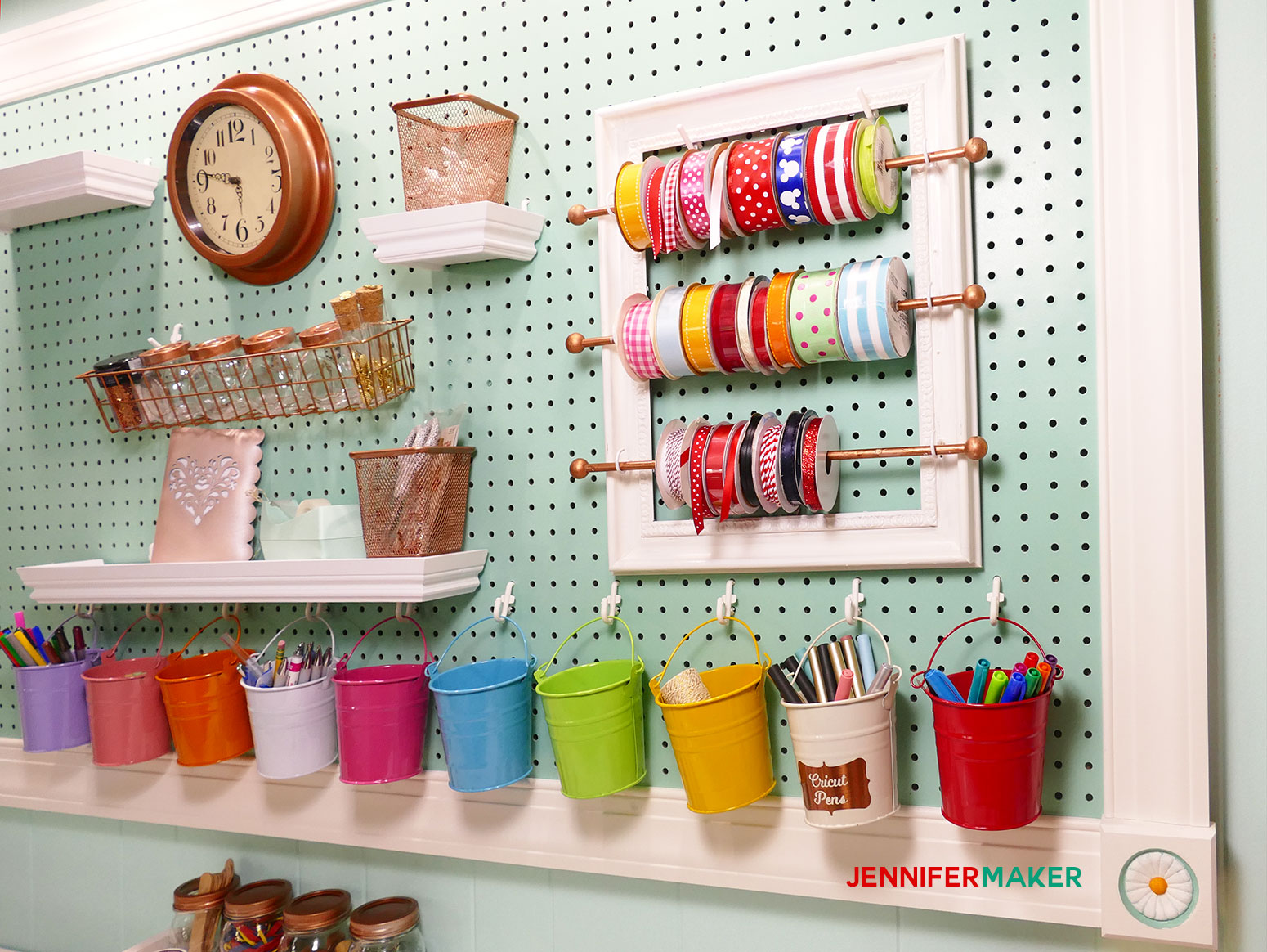 DIY Ribbon Organizer And Storage Frame For Your Organized Craft Room! |  #craftroom #
