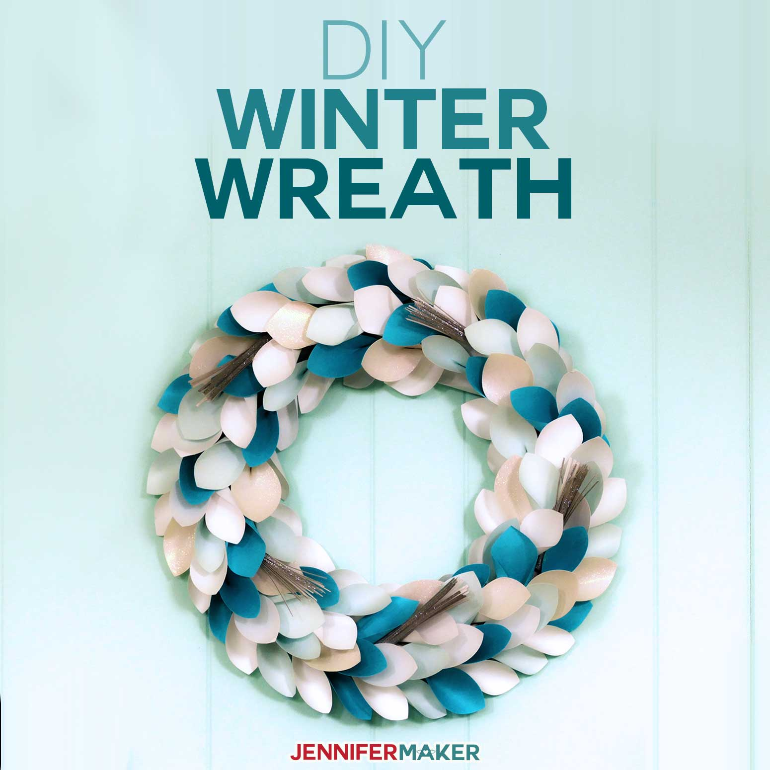 DIY Winter Wreath Made from Paper on a Cricut | Christmas Wreath | DIY Home Decor | #cricut #wreath #christmas