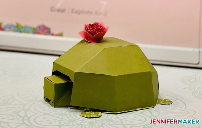 Easy 3D paper turtle made from green cardstock