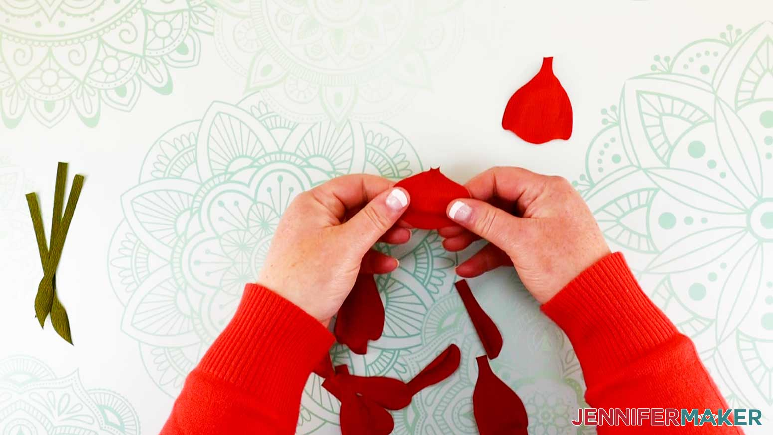 Shaping the petals of the peony flower fairy doll