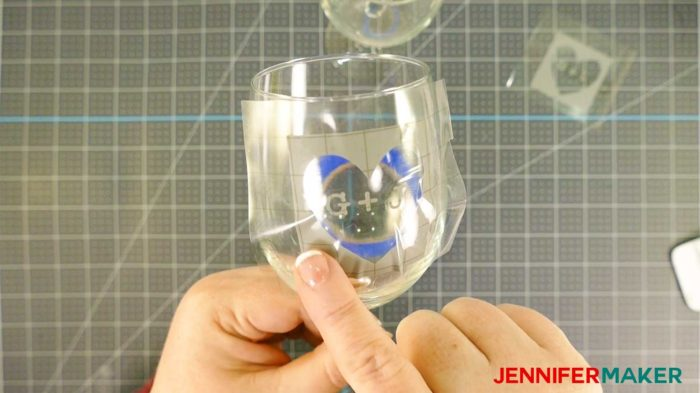 Applying a vinyl decal to the curved surface of a wine glass for etching with Armour Etch