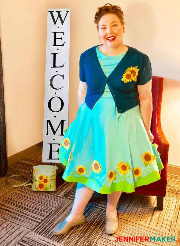 Jennifer Maker in her Cricut Sunflower Dress