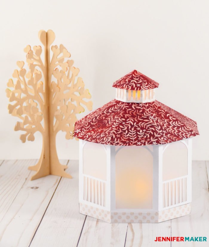 Make a pretty paper gazebo with a free template | #cricut #papercrafting #luminary #lantern #wedding #gift
