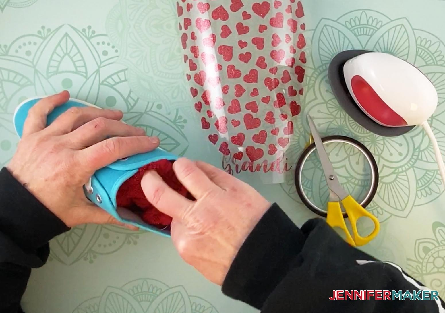 Stuff shoe with a sock or washcloth for upcycle sneakers